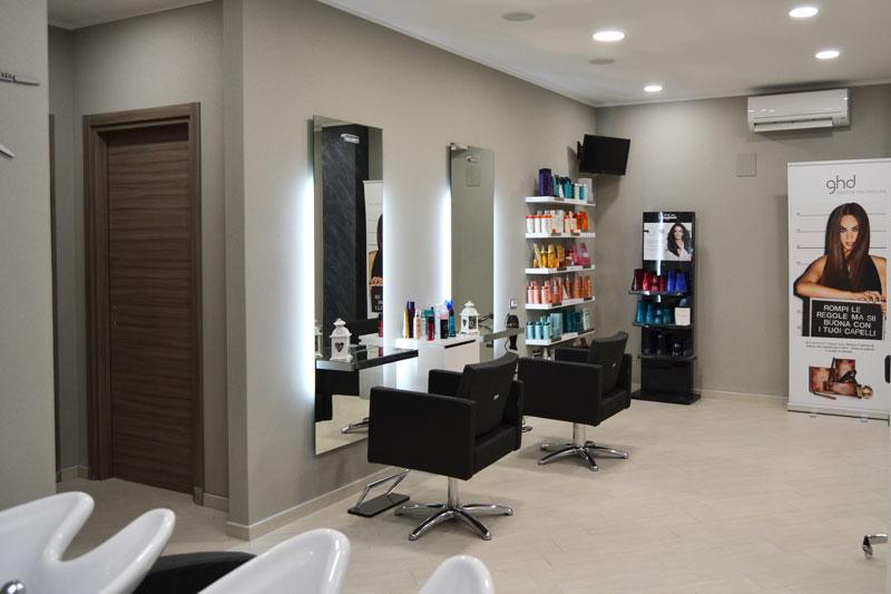 Acconciature Salon And Spa